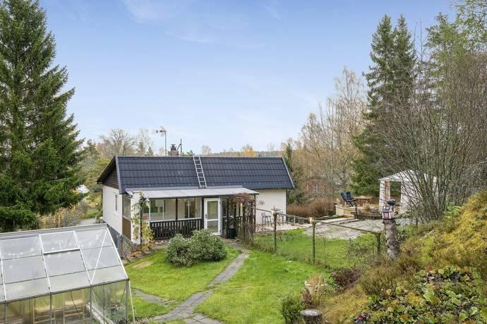Bild: 4 rum villa på Rakstaringen 8, Tyresö kommun Raksta