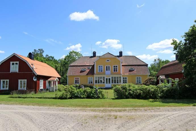 Bild: 480 m² gård/skog på Brännö Säteri 1, Hylte kommun Brännö