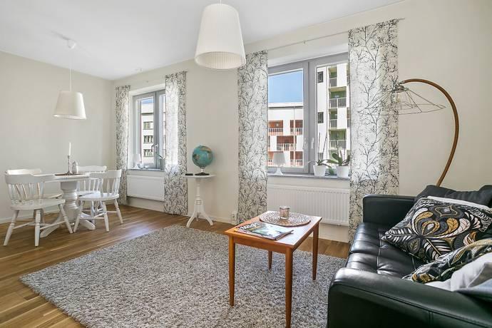 Bild: 2 rum bostadsrätt på Kansligränd 2, 5tr, Huddinge kommun Kvarnbergsplan