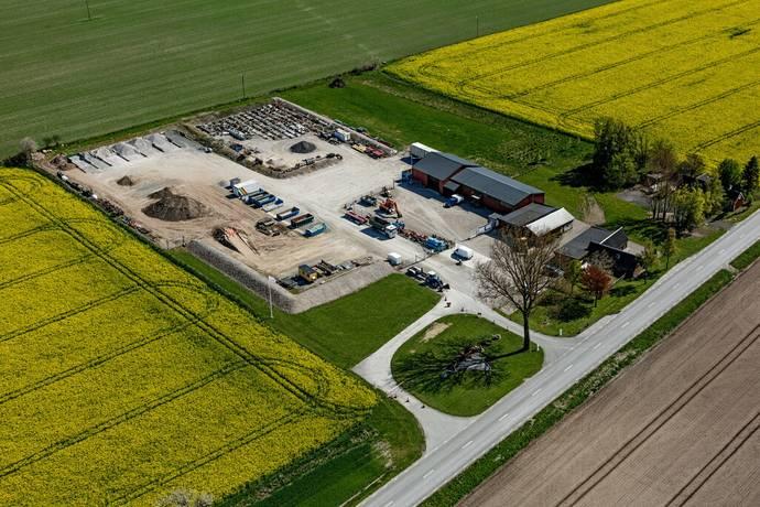 Bild: 8 rum gård/skog på Benestad 1013, Tomelilla kommun