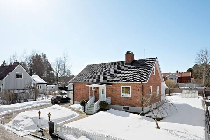 Bild: 5 rum villa på Stövarvägen 9, Gävle kommun Stigslund