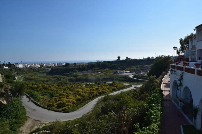 Bild: 7 rum villa på Mysigt radhus i Almijara 2, Spanien Nerja