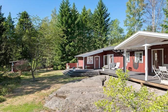 Bild: 4 rum villa på Skogshultsvägen 8, Österåkers kommun Ljusteröhuvud