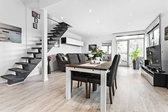 Bild: 3 rum bostadsrätt på Kittelvägen 9B, Huddinge kommun Kästa