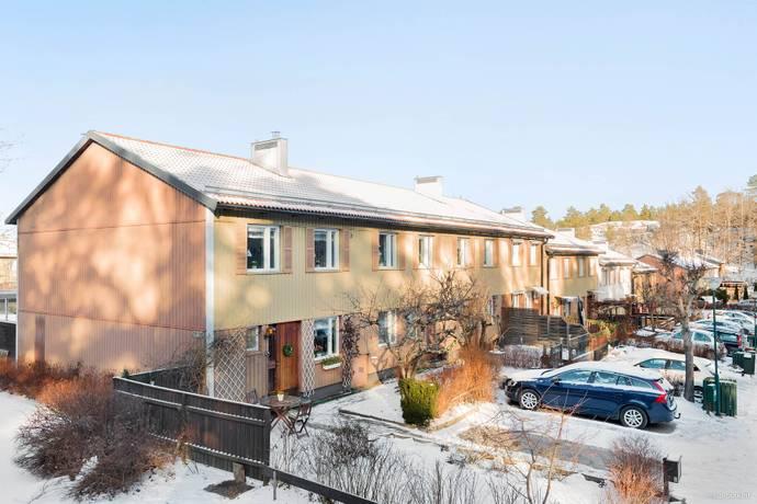 Bild: 4 rum radhus på Vålbergavägen 281, Järfälla kommun Barkarby
