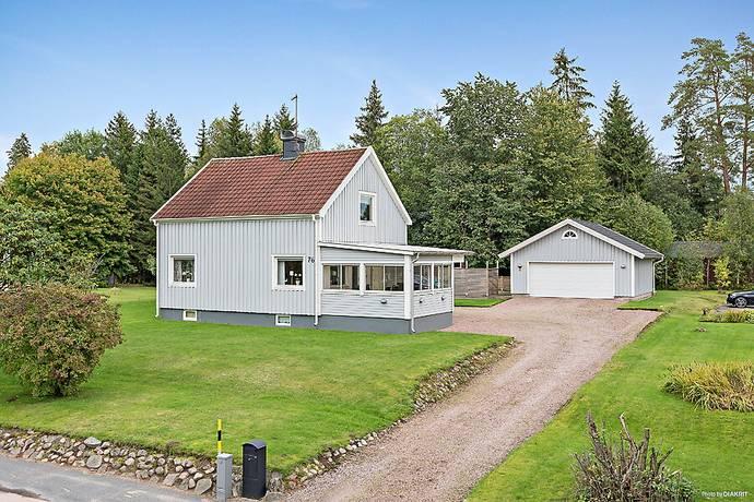 Bild: 4 rum villa på Norra Nissastigen 76, Gislaveds kommun Smålandsstenar