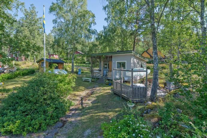 Bild: 2 rum fritidshus på Ulvsundavägen 20, Flens kommun Flen