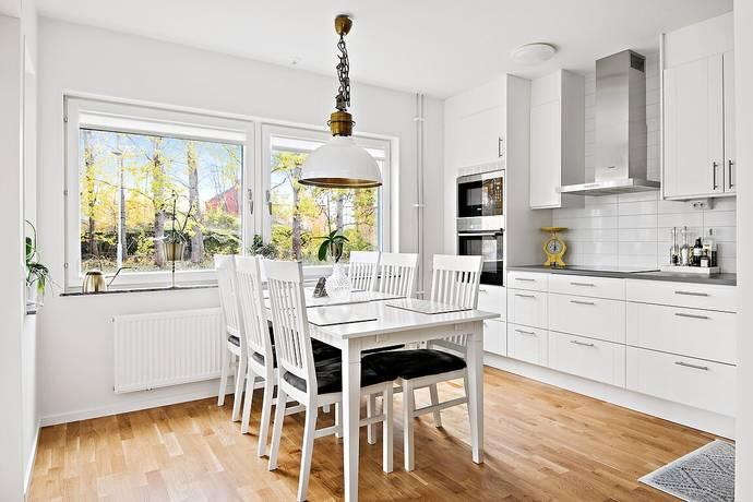 Bild: 4 rum bostadsrätt på Folkborgsvägen 10 A, Norrköpings kommun Kneippen Syd/Sandtorp