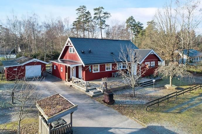 Bild: 8 rum villa på Björkerödsvägen 37, Lunds kommun Veberöd