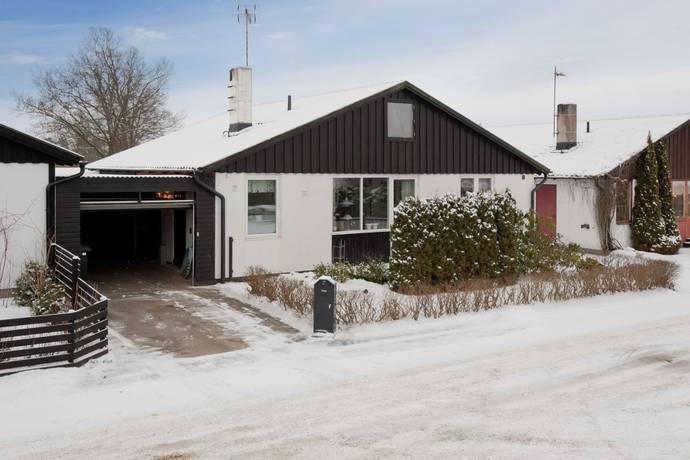 Bild: 4 rum radhus på Vretvägen 7, Växjö kommun Araby