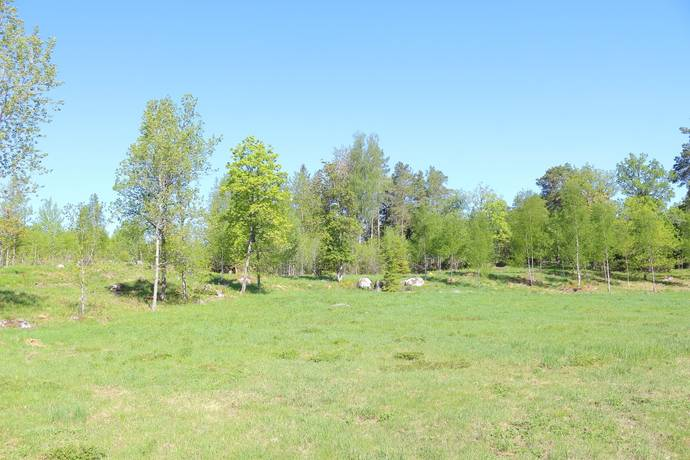 Bild: tomt på Balsbo 1:57, Uppsala kommun Järlåsa