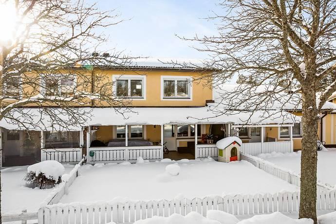 Bild: 4 rum radhus på Hövdingavägen 37B, Gävle kommun Södra Bomhus