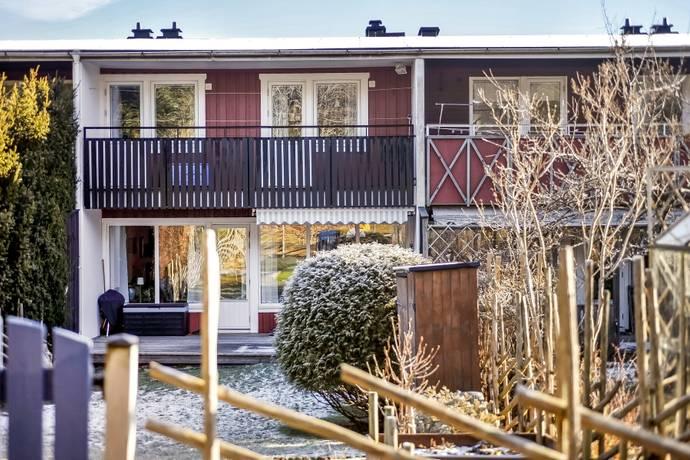 Bild: 4 rum radhus på Gatugårdsvägen 3C, Göteborgs kommun Torslanda Centralt