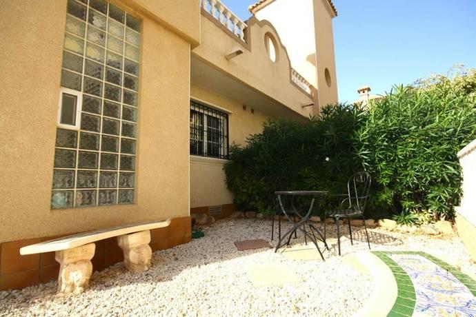 Bild: 4 rum radhus på Urbanisation Zodiaco III, Spanien Duplex i Playa Flamenca