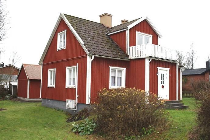 Bild: 6 rum villa på Bruksgatan 14, Emmaboda kommun Broakulla