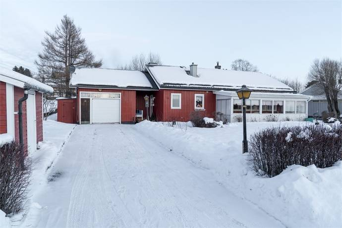 Bild: 4 rum villa på Tomasvägen 15, Skellefteå kommun Kåge