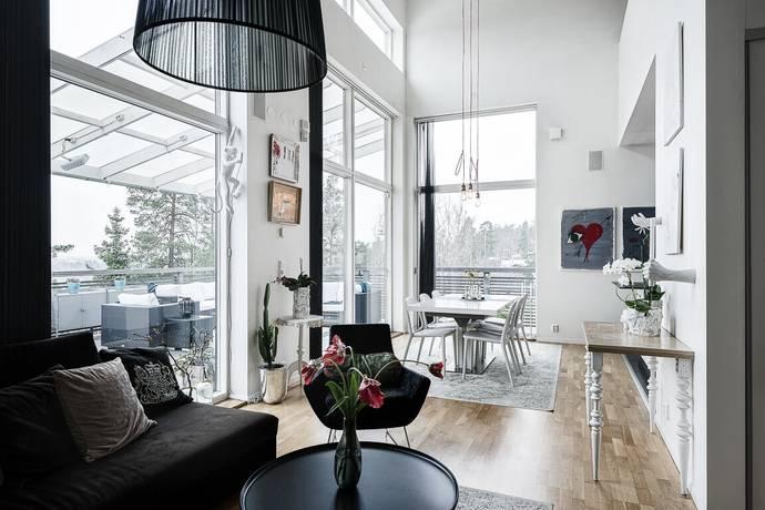 Bild: 9 rum villa på Hällstigen 8, Tyresö kommun Tyresö Strand