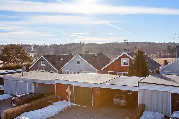 Bild: 5 rum radhus på Bäverstigen 7, Södertälje kommun Enhörna