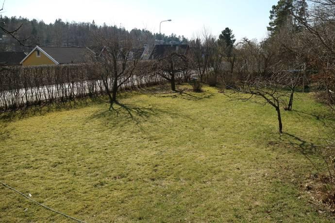 Bild: tomt på Skogsängsvägen 43 A, Tyresö kommun Trollbäcken