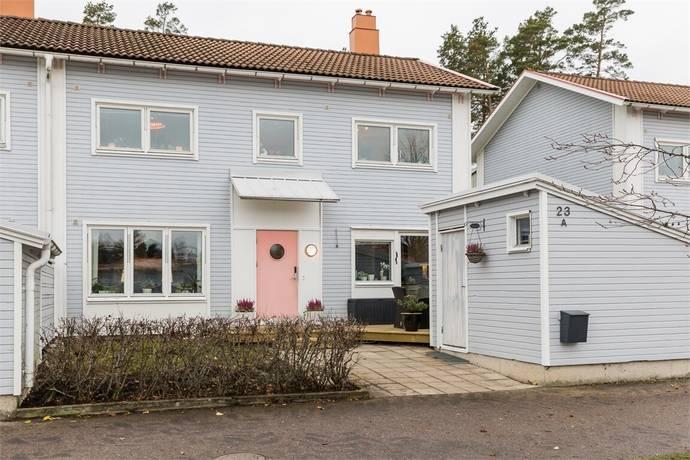 Bild: 5 rum bostadsrätt på TIMMERVÄGEN 23A, Strängnäs kommun STRÄNGNÄS