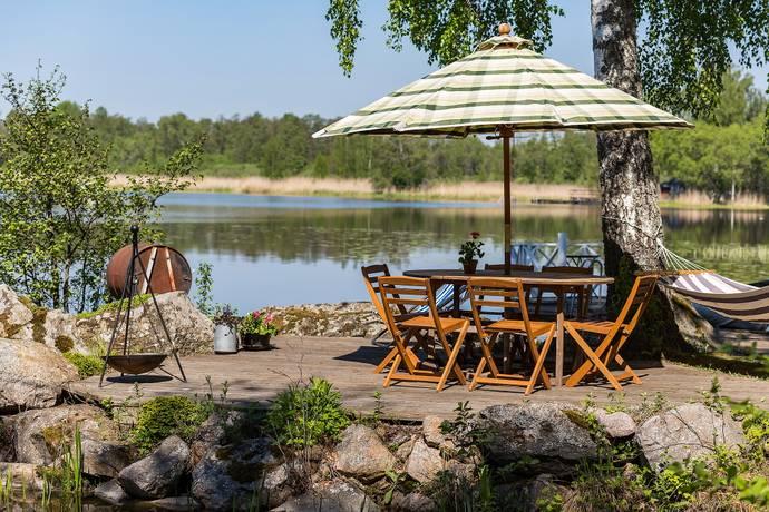 Bild: 2 rum fritidshus på Myrö 930, Örebro kommun Glanshammar