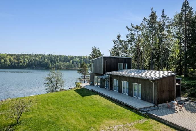 Bild: 7 rum villa på Munkgårdsvägen 60, Norrtälje kommun Nysättra