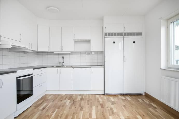 Bild: 3 rum bostadsrätt på Kiwigatan 9, Örebro kommun Nyponlunden