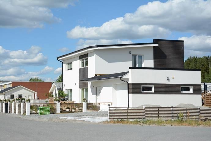 Bild: 7 rum villa på Blåklintsvägen 18, Hallstahammars kommun Nibble