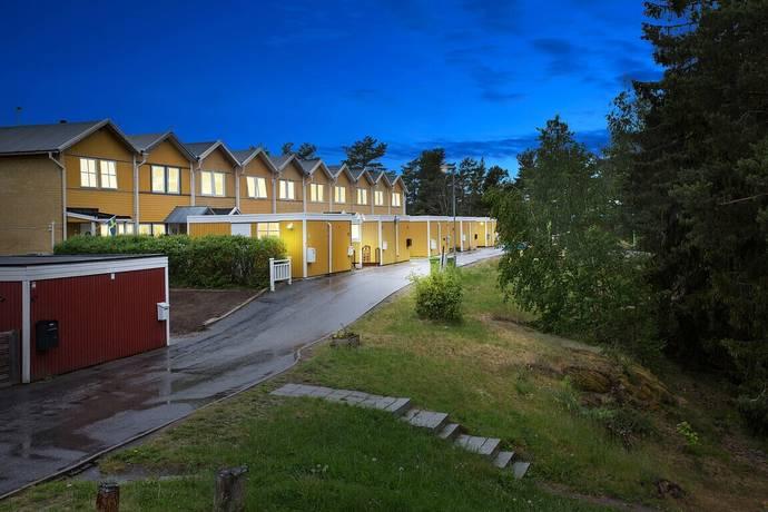 Bild: 4 rum radhus på Nygårdsplatån 51, Trosa kommun VAGNHÄRAD