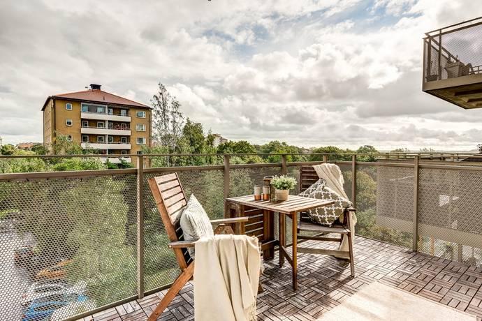Bild: 3 rum bostadsrätt på Sköntorpsvägen 7, 3 tr, Stockholms kommun Årsta - Gullmarsplan