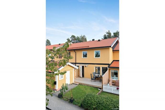 Bild: 6 rum radhus på Blockflöjtstigen 20, Upplands-Bro kommun