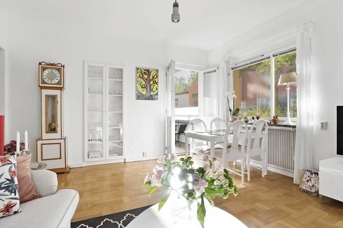 Bild: 2 rum bostadsrätt på Näckrosvägen 30, Solna kommun Råsunda/Näckrosen