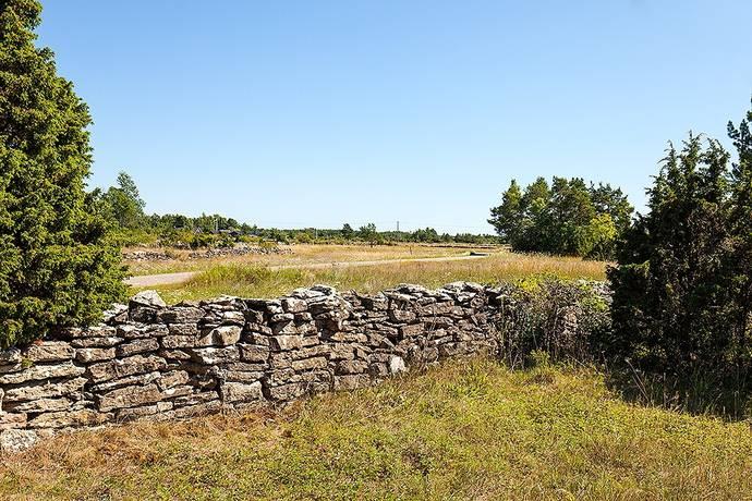 Bild: tomt på Vedbyskogsvägen, Borgholms kommun Hornsjön