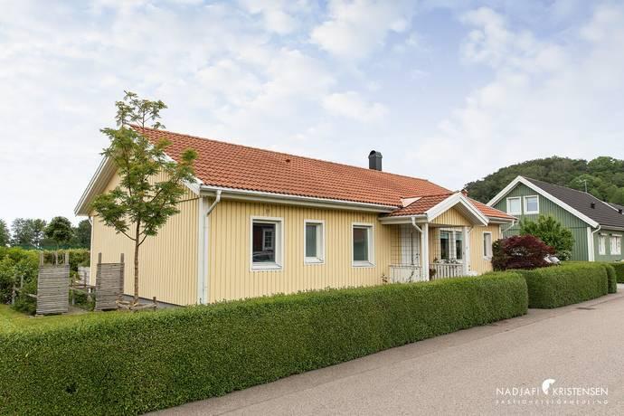 Bild: 5 rum villa på Lupinvägen 3, Båstads kommun Båstad centralt