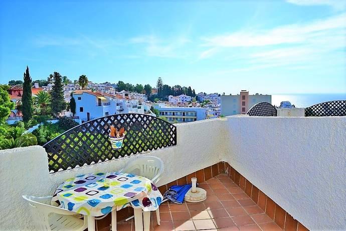 Bild: 2 rum bostadsrätt på Havsutsikt, pool och centralt läge!, Spanien Nerja | Costa del Sol
