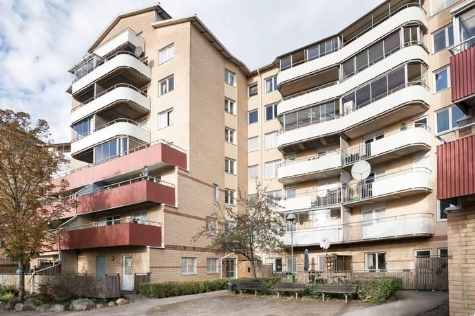Bild: 4 rum bostadsrätt på Skarpbrunnavägen 15, 6tr, Botkyrka kommun Eriksberg