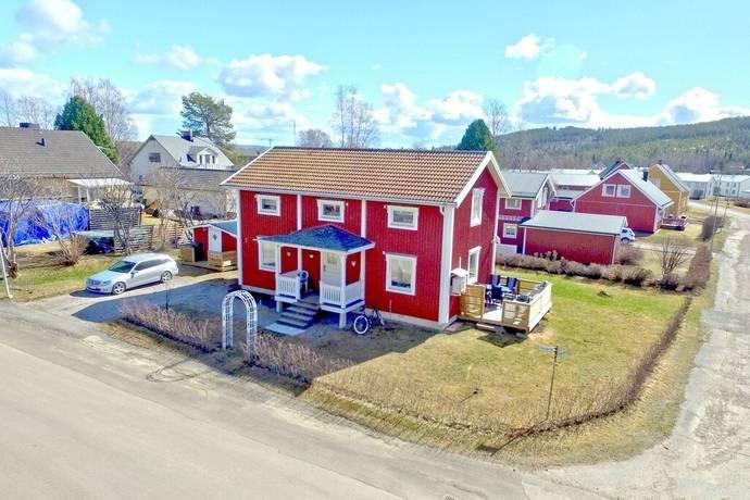 Bild: 5 rum villa på Tvärgatan 7, Överkalix kommun Centralt