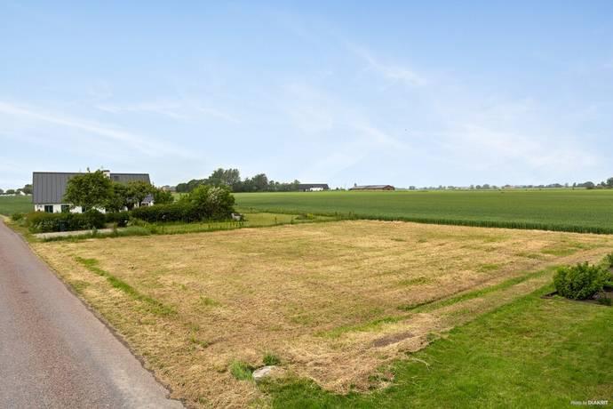 Bild: tomt på Hagestad Mölleväg, Ystads kommun Hagestad
