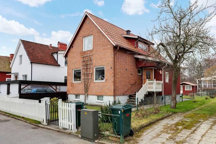 Bild: 5 rum villa på Corneliusgatan 6, Göteborgs kommun Kyrkbyn/Bräcke
