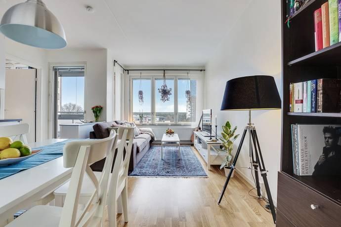 Bild: 2 rum bostadsrätt på Fyrspannsgatan 177, Stockholms kommun Hässelby Strand