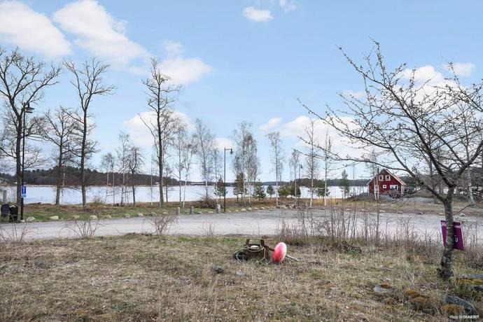 Bild: tomt på Blankaviksvägen 3, Västerviks kommun Solstadström