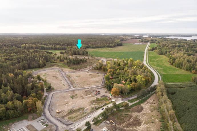 Bild: tomt på Friluftsvägen 18, Enköpings kommun Gamla Nynäs