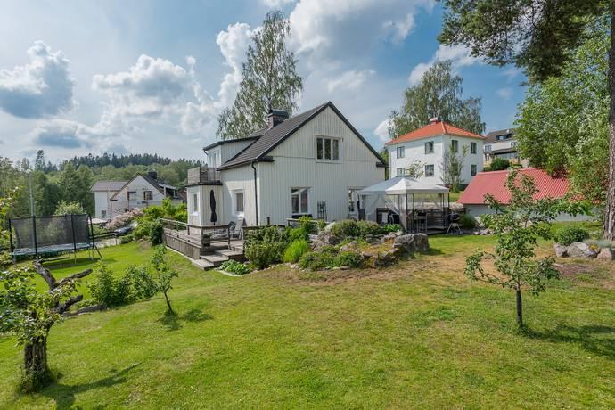 Bild: 6 rum villa på Lundaskogsvägen 12, Borås kommun Lundaskog