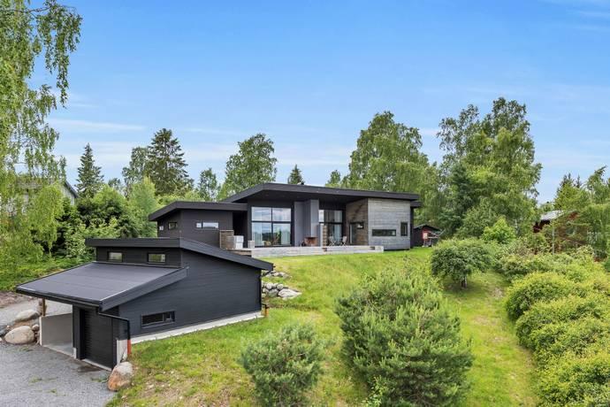 Bild: 6 rum villa på Skutvägen 9, Österåkers kommun Svinninge