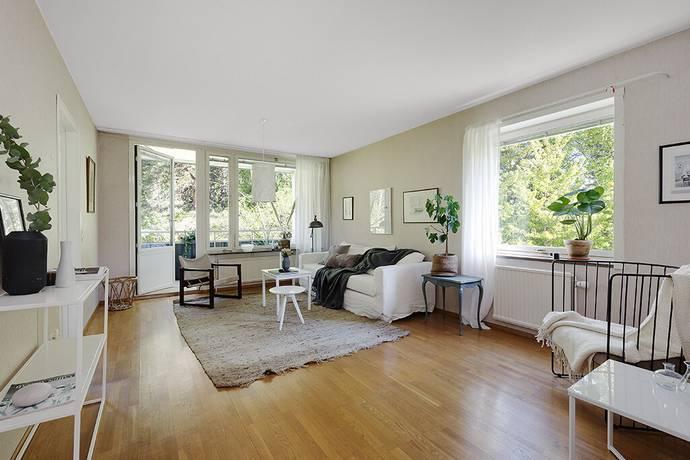 Bild: 4 rum bostadsrätt på Illerstigen 40, 3tr, Solna kommun Bergshamra