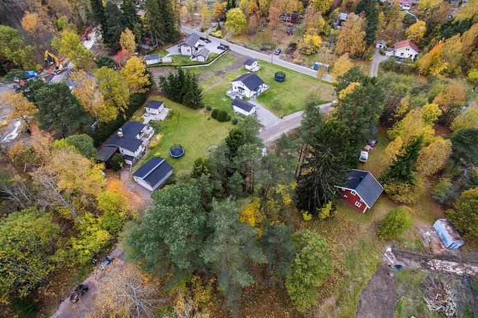 Bild: 6 rum villa på Väsjövägen 11, Sollentuna kommun Södersättra