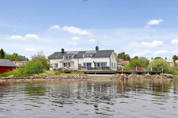 Bild: 220 m² villa på Strandvägen 18, Nordanstigs kommun Stocka