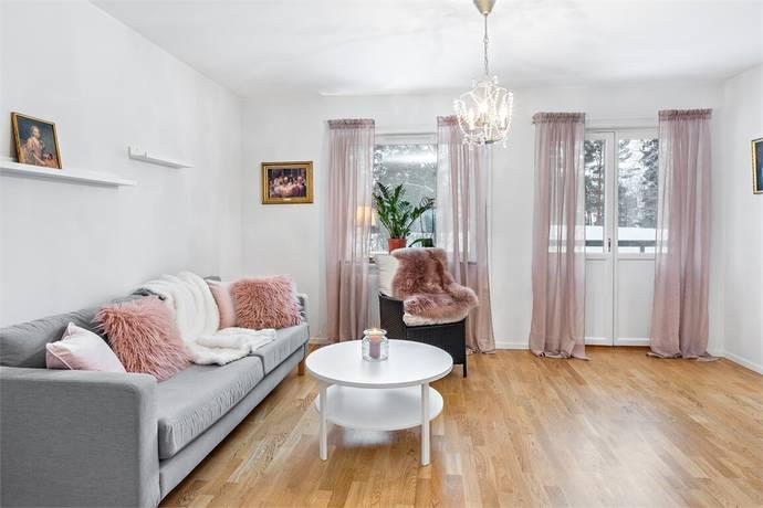 Bild: 1 rum bostadsrätt på Svetsarvägen 17, Järfälla kommun Kallhäll