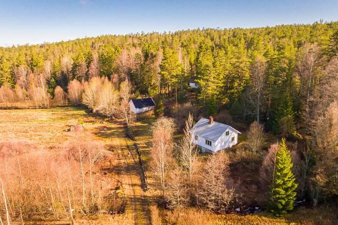 Bild: 4 rum gård/skog på Stora Högmossen 2, Strömstads kommun Krokstrand