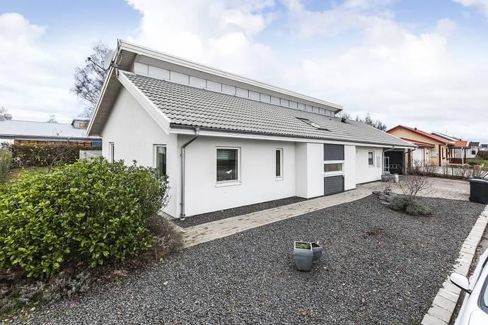 Bild: 5 rum villa på Spjutvägen  8, Svalövs kommun Billeberga